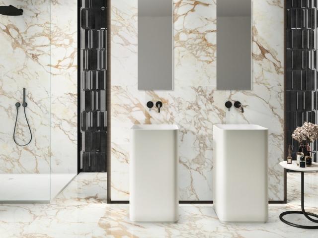 Store fliser til væg og gulv badeværelse